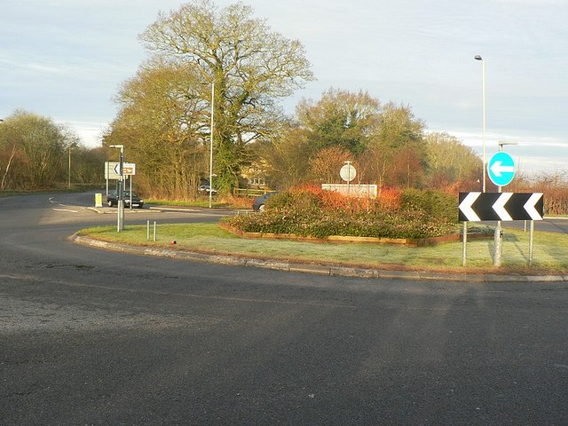 Roundabout, Fleet Road
