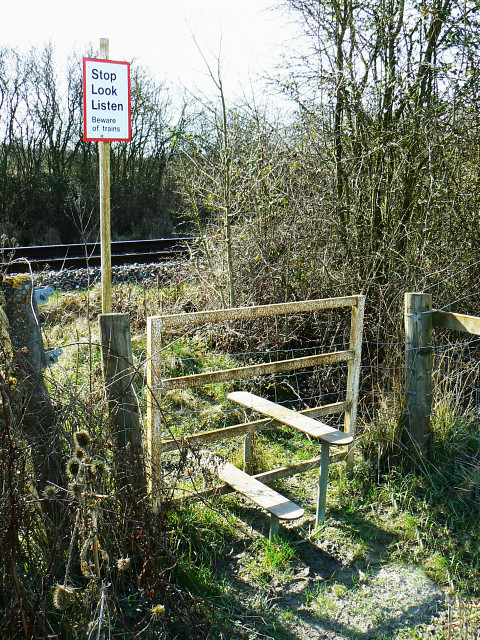 Stile on a footpath over the Swindon to Gloucester Railway, Purton