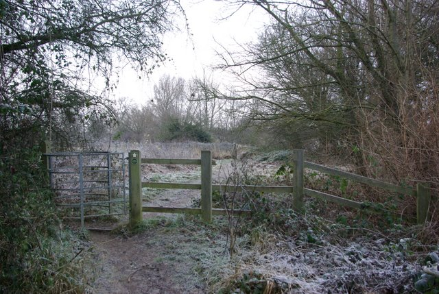 Kissing gate on the footpath