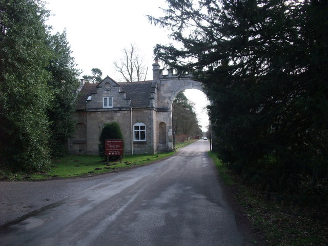 Truman's Lodge, entrance to Clumber Park
