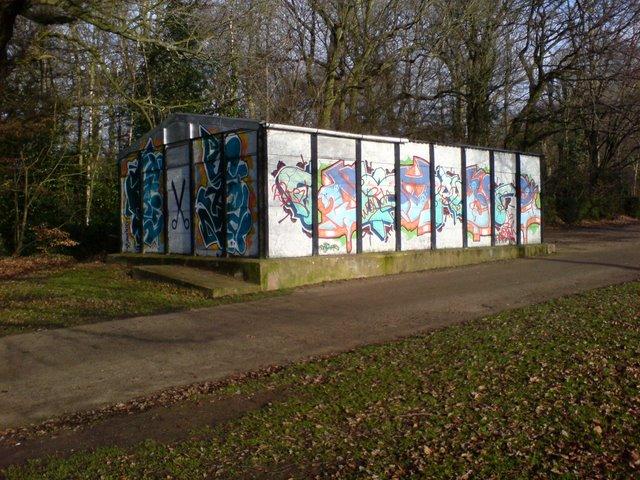 Well graffitied shed, War Memorial Park