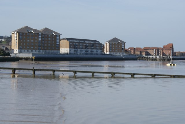 New housing developments on the riverside at Erith