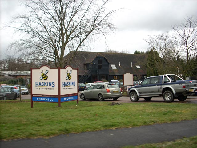 Entrance to Haskins garden centre