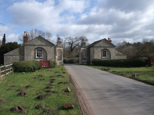 Carburton Lodge, entrance to Clumber Park