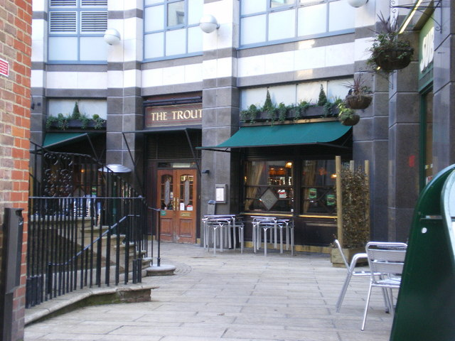 The Trout, Hammersmith Broadway