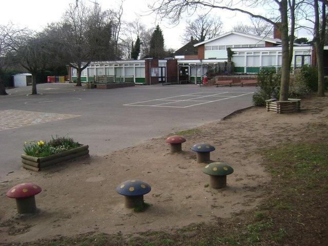 Emscote Infants' School, St Edith's Green, Warwick