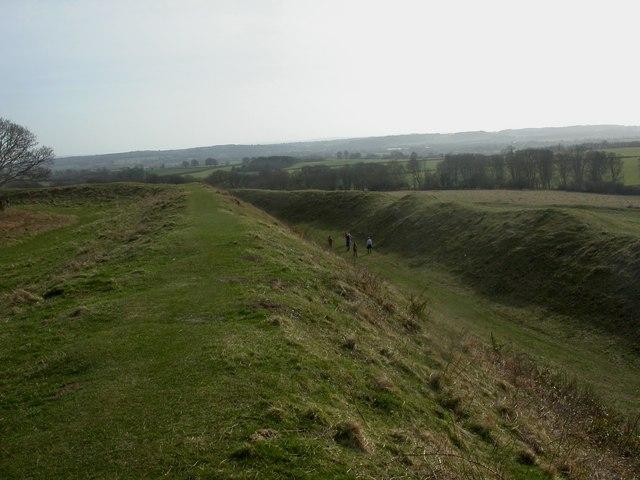 Badbury Rings, ramparts
