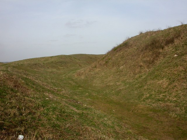 Badbury Rings, ditch
