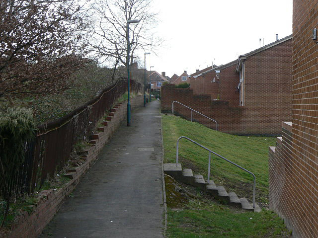 Footpath at the back of Peary Close