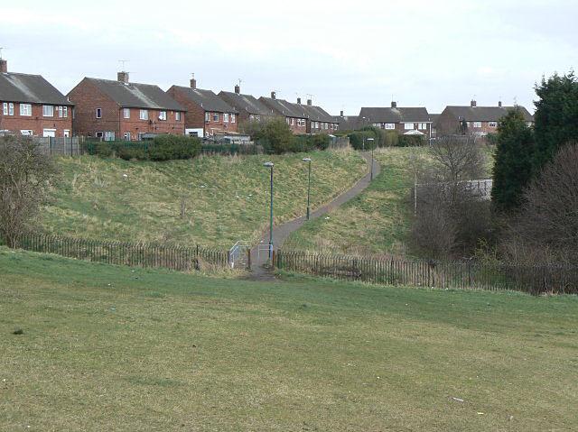 Footpath to Sunrise Hill