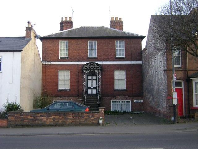 192 Emscote Road, Warwick