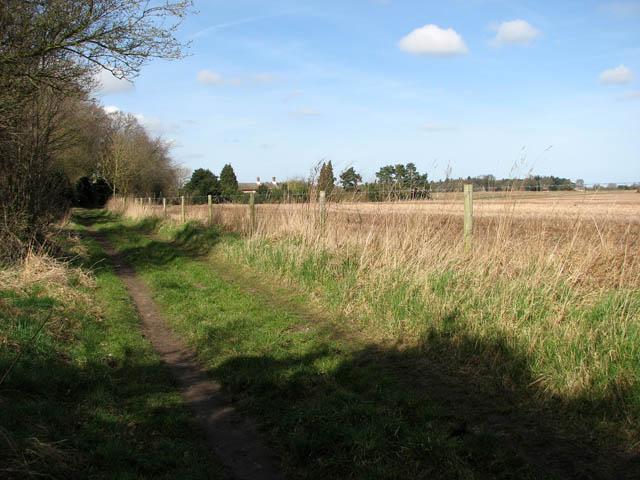 View towards houses on Bilney Lane
