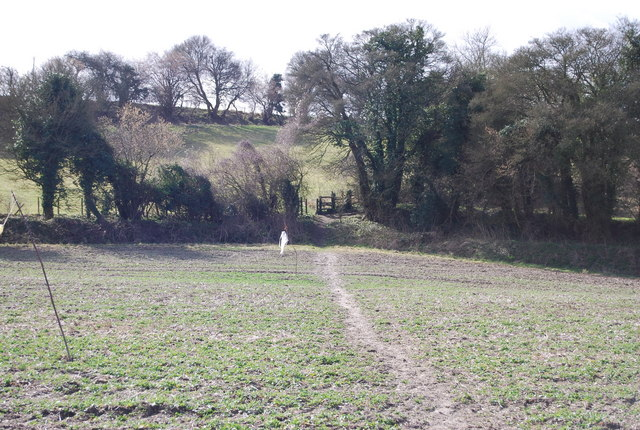 Footpath crossing a field to a stile