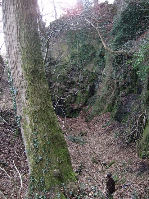 Rockface adjacent to the Bedwas to Machen Cycleway