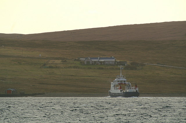 Bluemull ferry approaching Gutcher