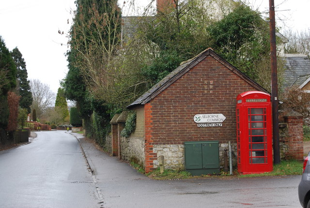 Telephone box at the start of the footpath up Selborne Hanger