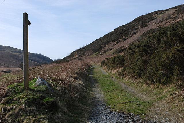 Bridleway heading for Alltgochymynydd
