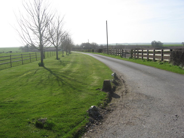 Driveway to Middle Farm