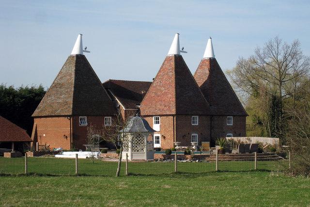 The Top Oast House, Little Cheveney, Sheephurst Lane, Marden, Kent