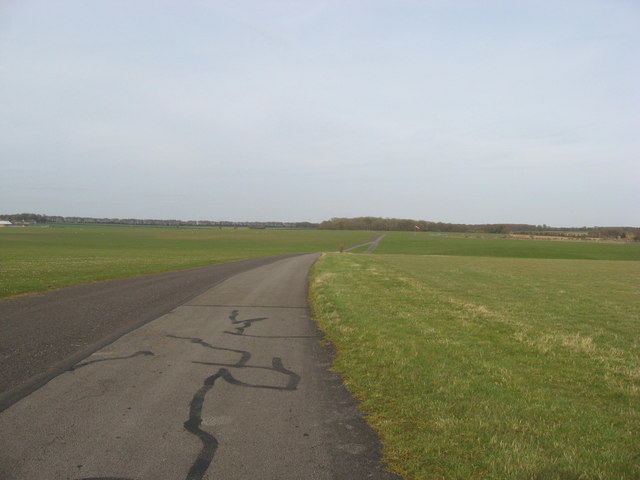 Perimeter track on Middle Wallop airfield