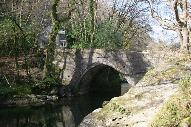 Denham Bridge in the Spring