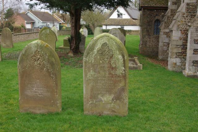 Little Paxton churchyard