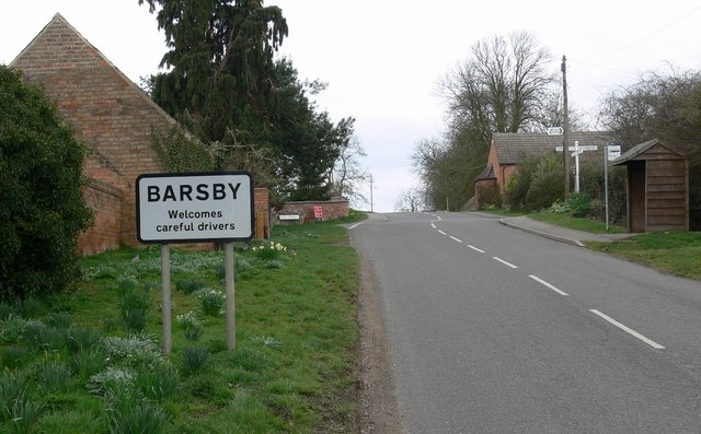 Approaching Main Street in Barsby