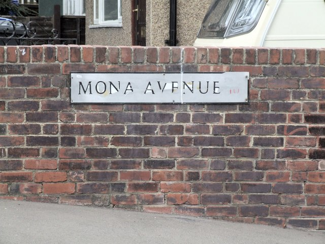 Mona Avenue, Crookes
