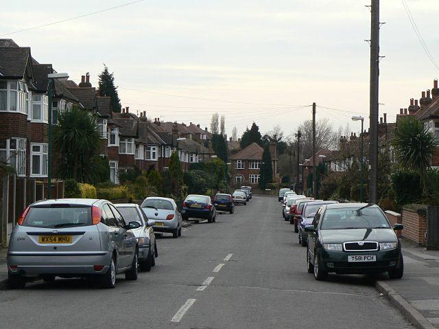 Valmont Road