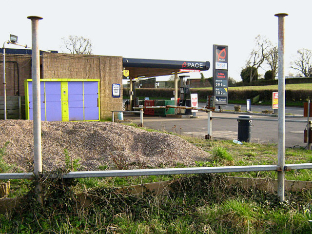 Filling station on the A39