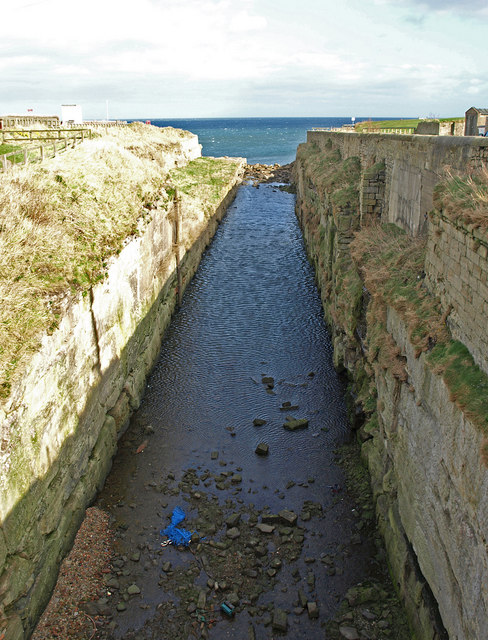 The Cut, Seaton Sluice
