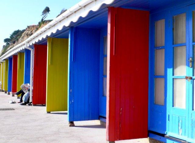 Primary Colour Beach Huts, Bournemouth
