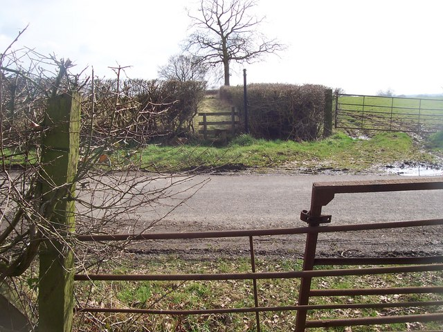 Footpath crosses Barham's Mill Road