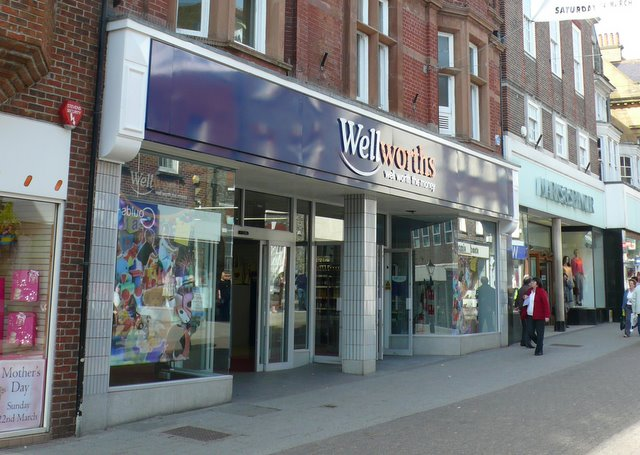 Woolworths is now Wellworths