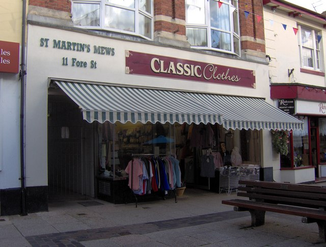 St Martin's Mews entrance and Classic Clothes