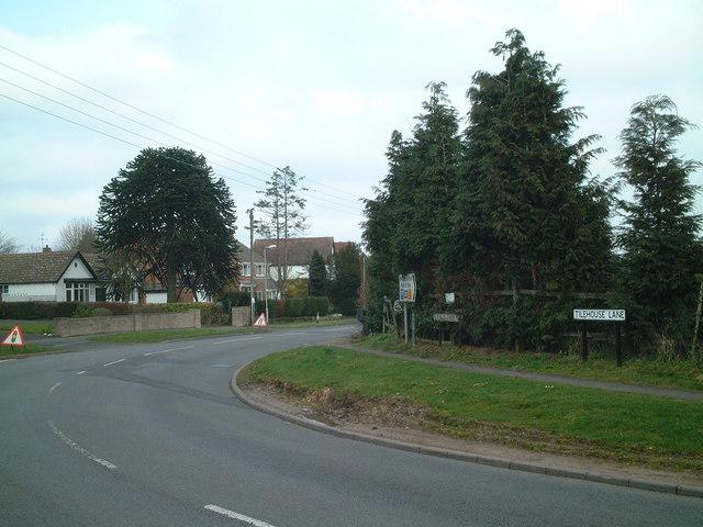 Junction of Tilehouse Lane and Haslucks Green Road