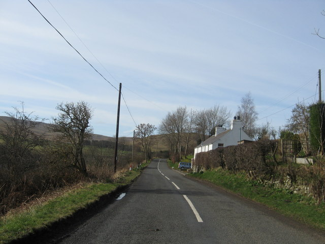 Houses at the side of the A708 near Sundhope