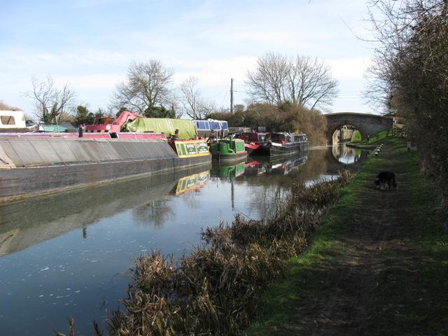 Bates Boatyard and Bridge No 7, Aylesbury Arm, Grand Union Canal