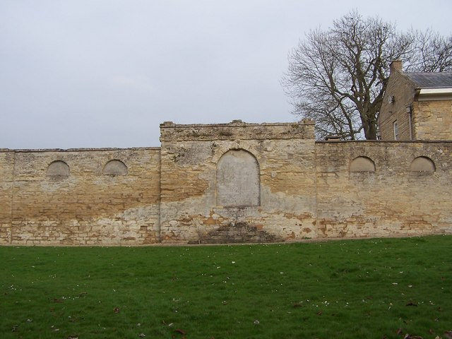 Mounting block in the wall of Great Linford Manor