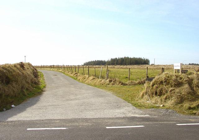 Track to Maes-y-pwll, Cynwyl Elfed