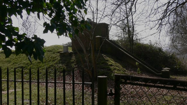 Knightfield Low Level Reservoir on Wick Lane near Easebourne