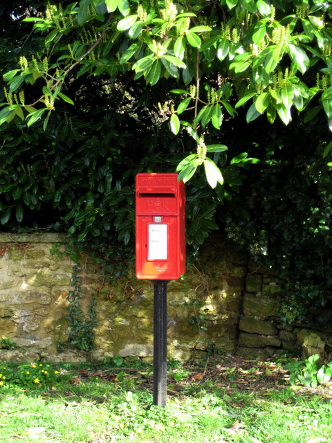Postbox Middle Chinnock