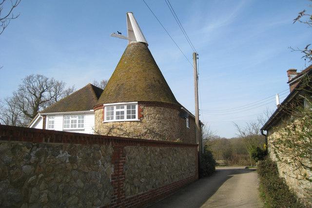 Mansion House Oast, Crumps Lane, Ulcombe, Kent