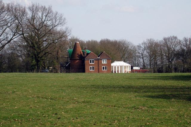 East Kent Farm Oast, Crumps Lane, Ulcombe, Kent