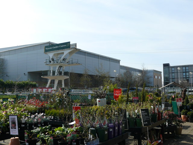 Wyevale Garden Centre Purley Way Peter Trimming Geograph Britain And Ireland