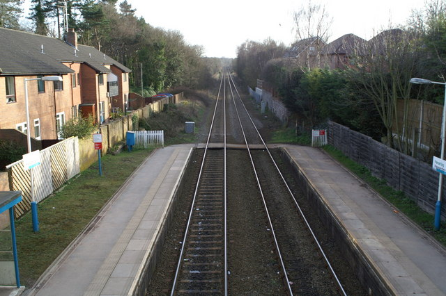 View South from the platform footbridge, Hawarden Station