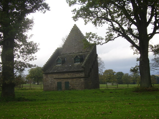 Building in Angles Park, Glamis Castle