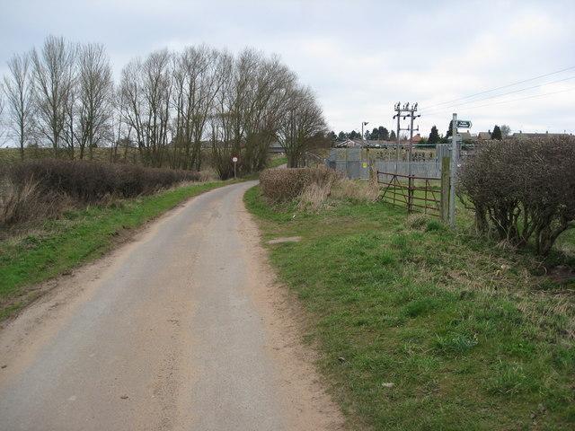Footpath off Bescar Lane