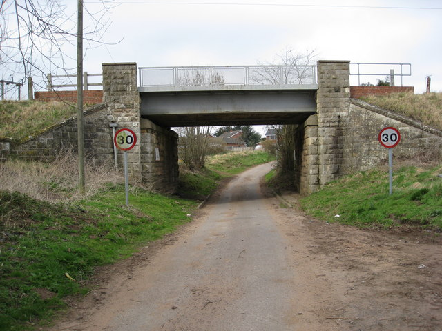 Bescar Lane - Railway Bridge HIM/65