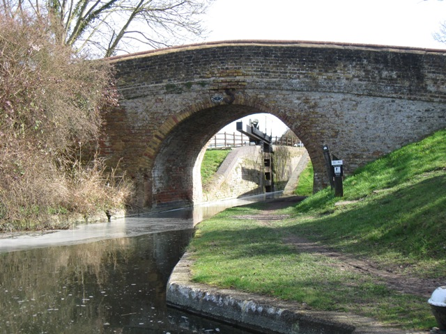 Bridge 7, Aylesbury Arm, Grand Union Canal